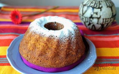 BUND CAKE DE PIÑA Y PLÁTANO Mambo